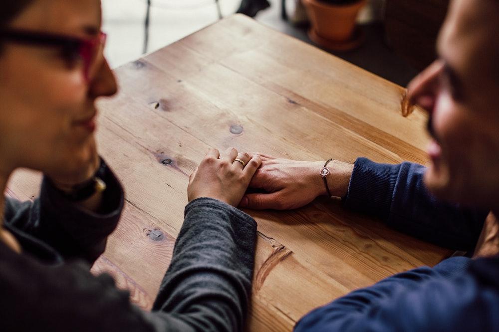 Frau nach einem Date fragen Tipps